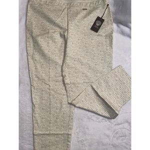Vince Camuto pull up pants